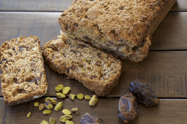 Pistachio-date-bread